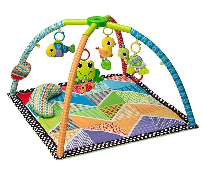 Развивающий коврик Infantino Лесное озероЛесное озероРазвивающий коврик Лесное озеро с умной системой сложения Twist&Fold, с которой фиксатор на дугах поворачивается и коврик легко и очень компактно складывается будто зонтик.   В сложенном состоянии развивающий коврик Лесное озеро занимает так мало места, что перемещать его из комнаты в комнату, взять с собой на прогулку или на дачу становится делом нескольких минут: игровой коврик легкий, портативный и прост в использовании.  Развивающий коврик выполнен из высококачественных тканей ярких контрастных цветов и текстур для привлечения внимания малыша.  В комплект коврика входят: 4 игрушечных обитателя Лесного озера с прорезывателями для нежных детских десен. Игрушки гремят, пищат и шуршат, приковывая к себе внимание малыша Безопасное зеркальце, в котором малыши обожают изучать свое отражение Множество петелек на перекрестных съемных дугах для перемещения игрушек и подвешивания новых Мягкая изогнутая подушка на основании коврика для выкладывания малыша на животик  Яркий и привлекательный развивающий коврик Лесное озеро непременно поможет малышу в его развитии восприятия цветов, форм, фактур и разнообразных звуков.   Все детали коврика легко моются.  Размеры коврика: 62.5 х 27.7 х 50.5 см<br>