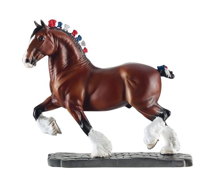 Игровые фигурки Breyer Лошадь клейдесдальской породы как купить собаку в новосибирске породы ризеншнауцер без документов