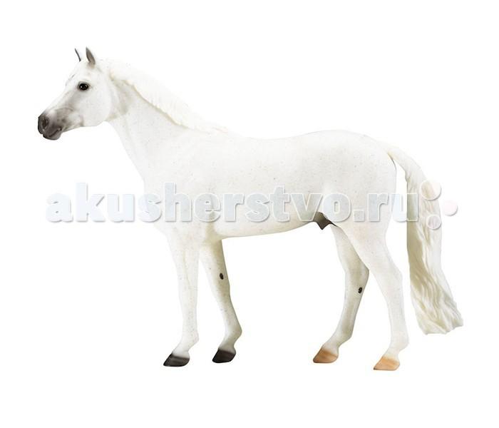 Breyer Сноумен-известная конкурная лошадьСноумен-известная конкурная лошадьВсе лошади серии Traditional точно воспроизводят характерные черты и особенности представляемой ими породы.   На данный момент продукты компании Breyer являются самыми реалистичными копиями лошадей благодаря точности линий, проработке мелких деталей и ручной росписи. Все это позволяет сделать каждую лошадь особенной и абсолютно не похожей на других.  Из грязи в князи. Большая серая лошадь с еще большим сердцем, Сноумен воскрес из небытия, чтобы стать одним из самых любимых героев конкура. Эго история началась в 1956 году, когда Гарри де Лейер , конный инструктор из Лонг-Айленда отправился за покупкой лошади для потенциальной школы верховой езды в штате Пенсильвания. Прибыв слишком поздно на аукцион, он заметил белого мерина, которого везли на бойню. Сноумен был грязный и костлявый, т.к долго таскал плуг, между ними промелькнула искра. Гарри де Лейер сделал предложение, и за $80, 7-летний мерин было его. Вместе со Сноуменом началась карьера Гарри де Лейера, как одного из наиболее успешных спортсменов и тренеров США. Через два года после покупки Сноумена, в 1958 году, Гарри выиграл на нем: Triple Crown — the American Horse Shows Association Horse of the Year, Professional Horseman's Association Champion и Champion of Madison Square Garden's Diamond Jubilee. В следующем году - American Horse Shows Association Horse of the Year Professional Horseman's Association Champion.  Гарри де Лейеру предлагали за Сноумена астрономические суммы, в том числе подписанный чек, где он мог проставить любую сумму, но Гарри его не продал.  Масштаб 1:9   Размер лошади Д х В - 30 х 23 см  Лошадь упакована в красивую коробку. Изготовлена из высококачественного материала, абсолютно безопасна в использовании, рекомендована детям от 4-х лет.<br>