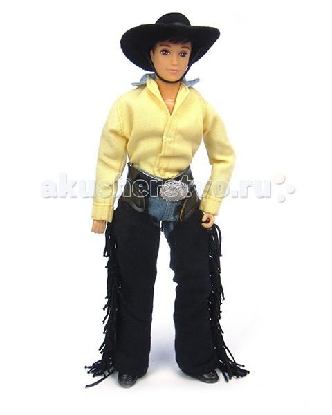 Breyer Кукла Остин-ковбойКукла Остин-ковбойКукла Остин-ковбой станет замечательным дополнением к моделям лошадей Breyer из серии Traditional. Благодаря шарнирным конечностям куклу можно посадить в седло и придать ей практически любое положение. Кукла одета в традиционный ковбойский костюм, и будет замечательно смотреться на лошади в вестерн-амуниции. Одежда снимается, поэтому куклу можно переодеть и превратить из ковбоя в кузнеца или, например, спортсмена.  В набор входит: Кукла Остин Джинсы с темной бахромой Черная ковбойская шляпа Ботинки Желтая рубашка   Все изготовлено из высококачественных материалов, экологично и абсолютно безопасно.   Рекомендовано детям от 4 лет.   Масштаб 1:9   Размер куклы 20 см  Помимо игровых и коллекционных моделей лошадей Breyer разработали целый ряд разнообразных аксессуаров, позволяющих сделать игру еще более интересной и увлекательной, и создавать целые сценки из жизни любимых лошадок на полке у ребенка.<br>