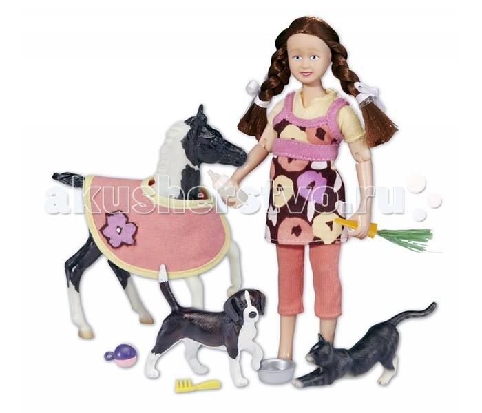 Breyer Набор Кукла Лора с домашними животнымиНабор Кукла Лора с домашними животнымиПомимо игровых и коллекционных моделей лошадей Breyer разработали целый ряд разнообразных аксессуаров, позволяющих сделать игру еще более интересной и увлекательной, и создавать целые сценки из жизни любимых лошадок на полке у ребенка.  Набор Кукла - няня для домашних животных научит Вашего ребенка ухаживать за домашними животными, а аксессуары, входящие в набор, сделают его игру разнообразнее и интереснее. Набор совместим с другими моделями серии Classic.  В набор входят: Жеребенок в попоне Кукла Щенок бигля Котенок Аксессуары   Все изготовлено из высококачественных материалов, экологично и абсолютно безопасно.   Рекомендовано детям от 4-х лет.   Масштаб 1:12   Размер куклы 15 см  Размер жеребенка 12 см<br>