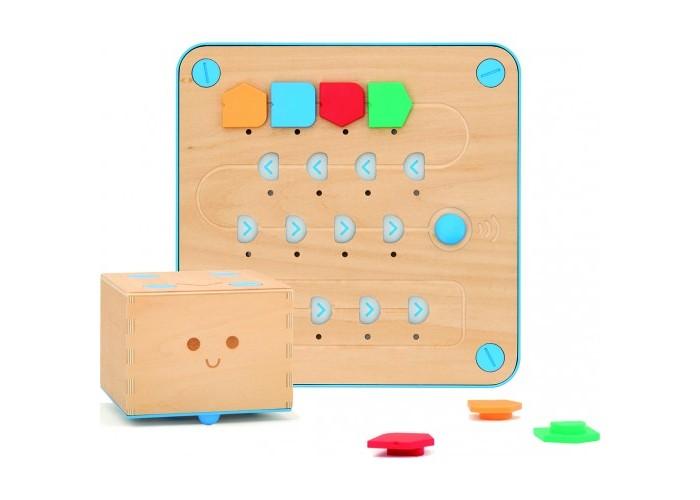 Primo Toys  Игровой набор CubettoИгровой набор Cubetto&#8203;Primo Toys Игровой набор Cubetto 41278 - дружелюбный деревянный робот, который обучит вашего ребёнка основам программирования через игру и путешествия!   Программируемая игрушка-робот Cubetto: он сделан из приятного на ощупь и прочного дерева, у меня нет экрана и проводов. Я познакомлю вашего ребёнка с увлекательным миром программирования. Он всегда готов играть!   Интерфейная доска для управления роботом Cubetto: расположите блоки на доске, чтобы сказать Cubetto, куда ему  нужно идти.  Нажмите синюю кнопку, и Cubetto выполнит вашу первую программу.   Функциональные блоки: это элементы программного кода, которые можно потрогать руками, совсем как  LEGO®. Каждый блок - это определённое действие. Чтобы создать программу, просто объедините их вместе!   Карта и книга приключений (на русском языке): играть можно дольше с картами и обучающими книжками с заданиями, с которыми ваш ребёнок отправится в незабываемые приключения вместе с Cubetto.   В наборе: 1 x робот Cubetto, 1 x интерфейсная доска, 16 x функциональных блоков, 1 x карта, 1 x книга приключений  Возраст: для детишек от 3-х лет. Материалы: дерево липы, ABS-пластик (робот и доска), бумага, полиэстер (карта).<br>