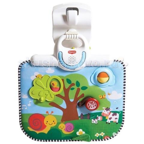 Подвесная игрушка Tiny Love Двусторонний развивающий центр 485Подвесные игрушки<br>Двусторонний развивающий центр 485  Спокойное времяпровождение крохи с развивающим центром 2 в 1 Мобиль «Двусторонний развивающий центр» развивает, развлекает и убаюкивает малыша. Игрушка прекрасно крепится к кроваткам, манежам, люлькам и содержит в себе развлекательные элементы в виде дерева с окошком и трещоткой, шарика-погремушки, жучка, шуршащего элемента, а так же музыкальной панели. Габариты игрушки составляют 9,5*37,2*36,80 см. Игрушки для новорожденных имеют отвлекающие музыкальную панель и световое сопровождение, что успокоит малыша и настроит на позитивный лад. Мобиль можно использовать как ночник, включив колыбельную мелодию, которая длится 30 минут и регулируется по громкости. На первой стороне развивающего центра находятся игрушки, на оборотной изображено звездное небо и мигающая подсветка. Мобили развивают у ребенка слух, зрение, тактильную чувствительность, координацию движений, а так же успокаивают нервную систему. Малышу будет интересно рассматривать игровой центр от Tiny Love с изображением коров, пасущихся на лугу, ползущих улиток, порхающих бабочек, а так же заниматься с развивающими элементами – крутить жучка, греметь погремушкой. Развивающий центр предназначен для детей от 0 месяцев. Продукция сертифицирована, экологически безопасна для ребенка, использованные красители не токсичны и гипоаллергенны.