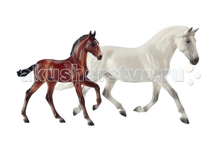 Breyer Андалузская лошадь Фантазия дель Си и ее жеребенок ГозосаАндалузская лошадь Фантазия дель Си и ее жеребенок ГозосаBreyer Андалузская лошадь Фантазия дель Си и ее жеребенок Гозоса из серии Traditional точно воспроизводит характерные черты и особенности представляемой им породы.       Фигурки компании Breyer являются самыми реалистичными копиями лошадей благодаря точности линий, проработке мелких деталей и ручной росписи.  Масштаб 1:9.  Лошади упакованы в красивую коробку. Изготовлены из высококачественного материала, абсолютно безопасны в использовании, рекомендованы детям от 4-х лет.<br>