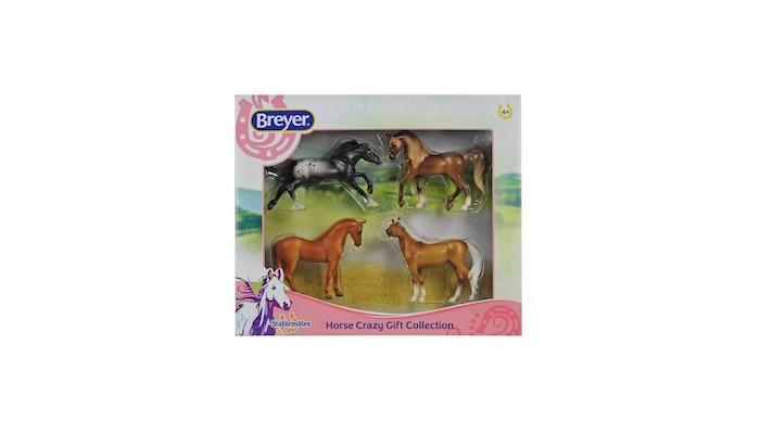 Игровые наборы Breyer Набор из 4-х лошадей разных пород в подарочной коробке игровые наборы tomy игровой набор приключения трактора джонни и лошади на ферме
