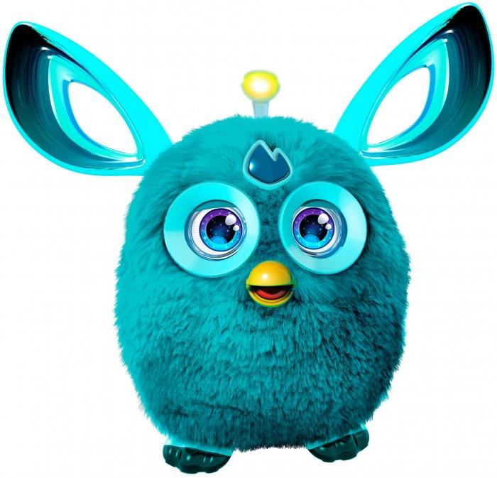 Интерактивная игрушка Furby Коннект БирюзовыйКоннект БирюзовыйFurby Коннект Бирюзовый - эта интерактивная игрушка радует новым функционалом, внешним видом и поражает богатством игровых возможностей. На первый взгляд она напоминает самую первую линейку данных игрушек - он яркий, однотонный. Но у этого Фёрби цветные глаза, у него изменилась форма ушей, а на голове появилась небольшая антенна. Как только в приложении Furby Connect World app открывается любой новый контент, включая музыку или видео, антенна загорается как лампочка. У него богатая анимация глаз (более 150 вариантов). Фёрби можно гладить, щекотать, трясти, переворачивать вниз головой и даже двигать его антенну - на каждое из этих действий Фёрби отреагирует так или иначе. Если же Фёрби Коннект синхронизируется с приложением, возможностей взаимодействовать с ним становится еще больше!  Одно из кардинальных нововведений у Furby Connect - это появление возможности выключать его. Реализовано это очень реалистично и убедительно, будто он и правда живое существо, а не высокотехнологичный девайс, которому достаточно нажать на кнопку Off. Итак, Фёрби Коннект не выключается, он засыпает! Но в отличие от старой версии, которая засыпала сама, если долго ее не трогать, Коннект можно уложить спать принудительно и сделать это хоть в разгар игры - для этого надо надеть ему на глаза повязку для сна, которая идет в комплекте. После этого Фёрби не разбудит ничего, и никакой звук или движение не заставят его отвечать. Если же игрушечного питомца захочется разбудить, нужно будет просто снять с него повязку.  Приложение Furby Connect World сделает игру с Фёрби гораздо насыщеннее. Благодаря ему можно смотреть вместе с питомцем видео, кормить Фёрби, растить молодое поколение Фёрблингов, а также весело проводить досуг за тысячей других игр.<br>