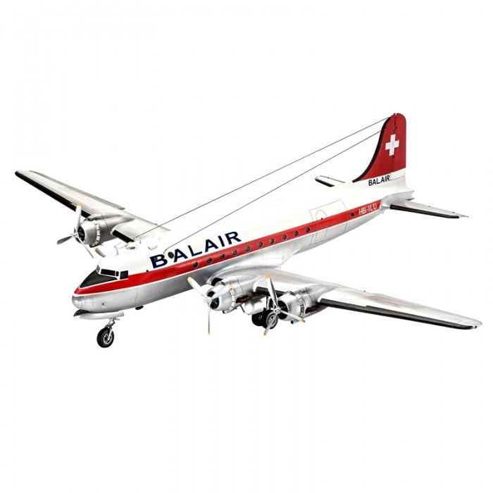 Конструктор Revell Сборная модель самолета DC-4Сборная модель самолета DC-4Revell Сборная модель самолета DC-4 выполнена в масштабе 1:72. Рабочая лошадка американской армии и флота во время Второй мировой войны. Всего было выпущено более 1000 самолетов данного типа. Почти все они были построены для нужд военных. После войны половина самолетов была модернизирована в пассажирские и транспортные самолеты.   Можно собрать как пассажирскую, так и транспортную модификацию.   Особенности:  Масштаб: 1:72 Количество деталей: 356 Длина модели: 410 мм  Модель сложная и может быть рекомендована только опытным моделистам.<br>