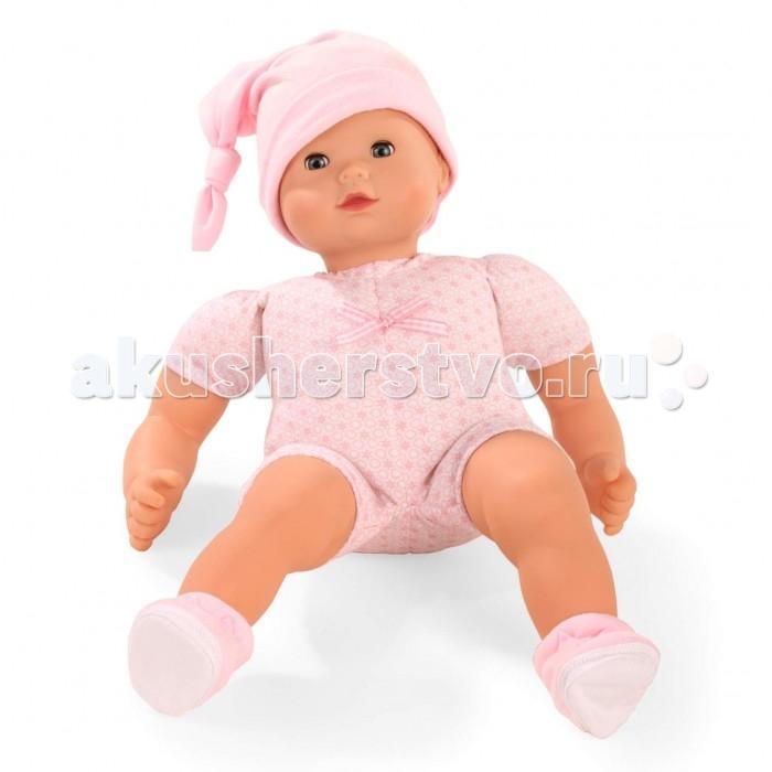 Gotz Кукла Макси Маффин 42 смКукла Макси Маффин 42 смGotz Кукла Макси Маффин 42 см - этот очаровательный пупс понравится каждой девочке и сможет подарить много незабываемых часов общения. Мягконабивная кукла с виниловыми частями тела подходит для активных игр детей дома и на прогулке. Кукле можно придавать различные позы, переодевать  и укладывать спать. Кукла одета в светлое боди с шортиками, на голове - шапочка с завязкой. У куклы закрывающиеся глаза с ресницами. Головка поворачивается вправо и влево.  Кукла и одежда выполнены из качественных материалов, которые проходят необходимые тестирования, имеют сертификаты качества и абсолютно безопасны для игр детей.  Общение с реалистичной куклой и манипуляции с ней стимулируют всесторонне развитие ребенка: развивается мышление, речевые процессы и моторные навыки. Дети учатся ответственности, заботе и внимательному отношению к окружающим.<br>