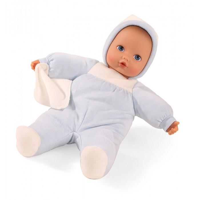 Gotz Кукла Малыш Слонёнок 33 смКукла Малыш Слонёнок 33 смGotz Кукла Малыш Слонёнок 33 см - этот мягкий пупс понравится всем малышам, ведь с ним можно проводить много времени вместе, укладывать спать и брать с собой на прогулку.  Куклас мягким телом одета в костюмчик для сна. На малыше мягкий флисовый комбинезончик голубого цвета с забавным чепчиком. Наряд куколки плотно соединен с тельцем, а потому можно не бояться, что малыш нечаянно снимет одежду в процессе игры. Пупс не имеет волос, голова, руки и ноги выполнены из винила. Малыш имеет очаровательные черты лица: маленький рот и носик, широко раскрытые глаза с нарисованными ресницами.  Кукла подходит для малышей с рождения. Полностью безопасна и гипоаллергенна. Пупс и одежда выполнены из качественных материалов, которые безопасны для здоровья и игр детей. Куклу можно постирать в режиме деликатной стирки при температуре 30 градусов.<br>