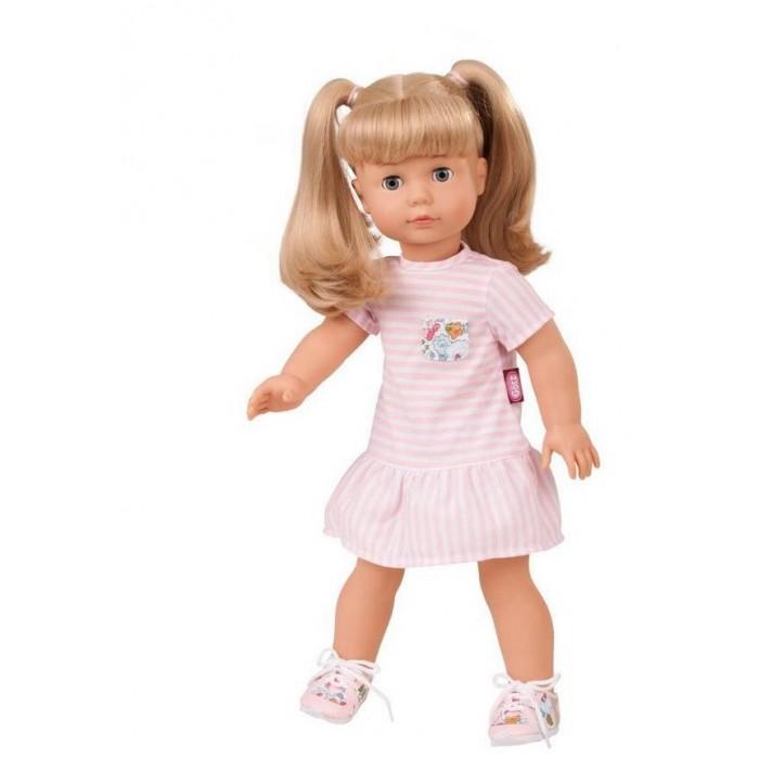 Gotz Кукла Джессика блондинкаКукла Джессика блондинкаGotz Кукла Джессика блондинка станет замечательным подарком для девочки. С необычной куклой, которая так похожа на настоящую девочку, можно проводить много времени вместе, придумывая увлекательные сюжеты для игр.  Кукла с виниловым подвижным телом подходит для активных игр дома и на улице. У куклы мягкое тело, ручки и ножки не сгибаются. Голова поворачивается. Глазки закрываются.  Джессика одета в розовое платье в полоску с кармашком из ткани в цветочек, на ножках обуты стильные розовые в цветочек кроссовки. Куклу можно переодевать и делать различные прически. Кукла имеет длинные волосы, которые прочно вшиты для избежания выпадения во время интенсивных игр детей.<br>