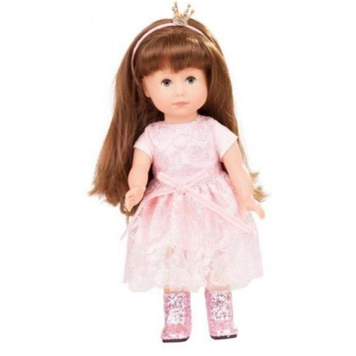 Gotz Принцесса Хлоя 27 смКуклы и одежда для кукол<br>Gotz Принцесса Хлоя с длинными волосами в прелестном розовом платье непременно понравится девочке и станет любимой игрушкой.   Кукла с твердым виниловым телом подходит для активных игр дома и на улице. Куклу можно переодевать и делать различные прически. Кукла имеет длинные волосы каштанового цвета, которые прочно вшиты для избежания выпадения во время интенсивных игр детей, куклу можно расчесывать. Глазки у куколки серо-голубые.Ручки и ножки у куклы не сгибаются. Голова поворачивается. Глазки у куколки закрываются.  Хлоя одета в в милое розовое кружевное платье с бархатным пояском. На ножках у куколки одеты легкие летние сапожки, покрытые блестками. В волосах у Хлои ободок с очаровательной короной, украшенной сверкающими камнями.  Кукла, одежда и аксессуары выполнены из качественных материалов с учетом необходимых стандартов, соответствующих европейским нормативам. Куклу можно мыть, для поддержания одежды в опрятном виде рекомендуется щадящая машинная или ручная стирка при температуре 30 градусов.