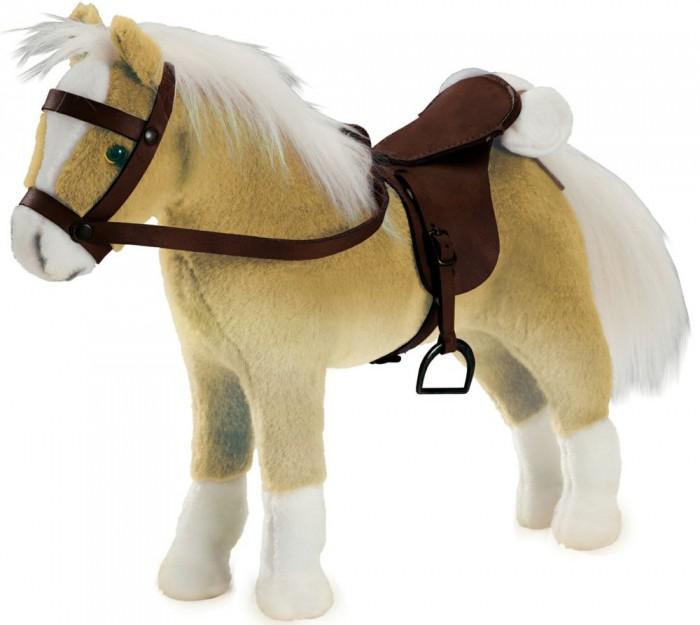 Мягкая игрушка Gotz Лошадь Хафлингер для куколМягкие игрушки<br>Gotz Лошадь Хафлингер - эта очаровательная плюшевая лошадка для кукол станет постоянным спутником для куколки и прекрасно разнообразит игры девочки.  Лошадка очень мягкая и приятная на ощупь. Девочке обязательно понравится обнимать лошадку и гладить ее. Лошадка выполнена в светло-коричневом и белом тонах. Ножки лошадки гибкие, что позволяет придумывать ей различные позы и делает интересной и разнообразной для сюжетных игр с куклами.  На спинке у лошадки зафиксировано седло, на которое можно посадить куколку, а поводья можно вложить ей в ручки.  Сюжетно-ролевые игры с куклами и аксессуарами прекрасно развивают фантазию и воображение ребенка, учат заботе об окружающих.  Лошадка идеально подходит для кукол высотой 50 см. Седло и уздечка лошадки входят в комплект.