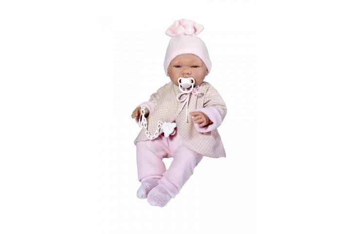 ASI Кукла Мария 43 см 364050Кукла Мария 43 см 364050ASI Кукла Мария 43 см 364050 - этот очаровательный большой пупс-реборн выглядит очень натуралистично. Реборн полностью выполнен из винила, без волос, его можно купать, имеет половые различия.  Все складочки детально проработаны, что еще больше напоминает новорожденного малыша.  Одета малышка в теплый костюмчик: курточка, штанишки, носочки, шапочка с помпонами. В комплекте есть соска с креплением.  Все куклы ASI создаются с использованием ручного труда. В каждую куколку мастер вкладывает свою душу! Ваш ребенок сразу почувствует тепло и доброту, которая исходит из этой маленькой игрушки.  Особенности: Пупсик упакован в красивую подарочную коробочку Куклы ASI сделаны очень качественно Без запаха  Используется безопасный твердый винил Видна прорисовка мельчайших подробностей тела, рук и ног.<br>