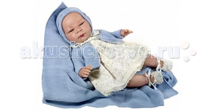 ASI Кукла Химена 46 см 464160Кукла Химена 46 см 464160ASI Кукла Химена 46 см 464160 выглядит совсем как новорожденный ребенок.   Химена выполнена с учетом физиологических особенностей: у нее детально проработаны все складочки на руках и ногах, пальчики с ногтевой пластиной, ножки полусогнуты в коленях. Симпатичное личико с красивыми голубыми глазками, с ресничками, ротик закрыт, из носика имитация сопелек.  Кукла-реборн Химена одета в красивое платье с цветочным принтом, трусики-панталоны, под которыми спрятан памперс, вязаную голубую кофточку-балеро, голубую вязаную шапочку с атласными завязочками, на ножках пинеточки в цвет платьишка с атласными бантиками.   В комплекте вязаный голубой плед и именной сертификат от ASI (сертификат о рождении), подтверждающий эксклюзивность куколки.  Все куклы ASI создаются с использованием ручного труда. В каждую куколку мастер вкладывает свою душу! Ваш ребенок сразу почувствует тепло и доброту, которая исходит из этой маленькой игрушки.  Особенности: Пупсик упакован в красивую подарочную коробочку Куклы ASI сделаны очень качественно Без запаха  Используется безопасный твердый винил Видна прорисовка мельчайших подробностей тела, рук и ног.<br>
