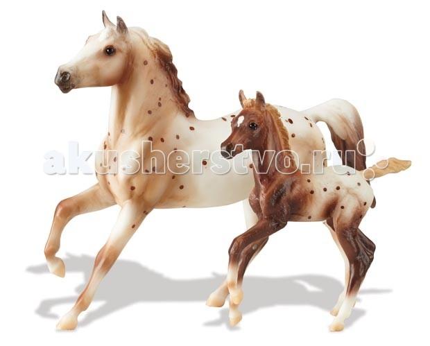 Breyer Набор Рыжая Аппалуза с жеребенкомНабор Рыжая Аппалуза с жеребенкомВсе лошади серии Classic являются игровыми моделями. Данная серия познакомит ребенка с многообразием лошадиных пород и мастей.   На данный момент продукты компании Breyer являются самыми реалистичными копиями лошадей благодаря точности линий, проработке мелких деталей и ручной росписи. Все это позволяет сделать каждую лошадь особенной и абсолютно не похожей на других.  Это восхитительная каштановая лошадь Аппалуза полулеопардовой расцветки и ее каштановый жеребенок аппалузу. Набор является идеальным, чтобы Вваша коллекция Брейер была полной.   Рекомендовано детям от 4 лет.   Масштаб 1:12<br>