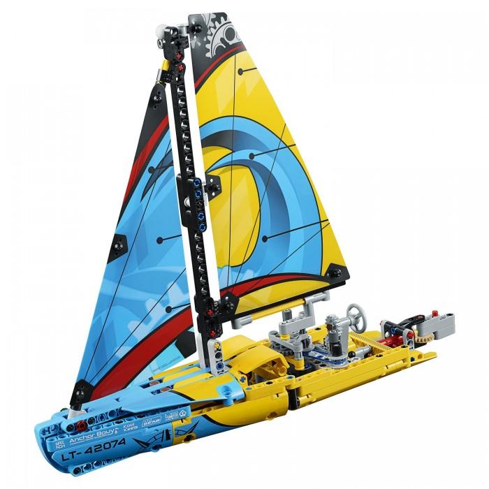 Купить Конструктор Lego Technic Гоночная яхта
