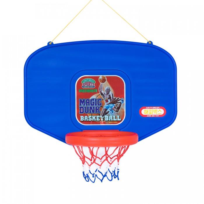 Happy Box Баскетбольный щит Волшебный бросокБаскетбольный щит Волшебный бросокЩит детский баскетбольный предназначен для подвижных игр детей и способствует их физическому развитию. Баскетбольный щит Happy Box Волшебный бросок неприхотлив в уходе, изготовлен из материалов высокого качества, полностью соответствующих европейским стандартам.  Характеристики: щит изготовлен из высококачественных безопасных материалов, предназначенных для производства предметов детской группы  оригинальный дизайн декорирован яркой наклейкой предназначен для детей от 3 лет конструкция подвесная на прочной основе закреплено кольцо с сеткой легкий и простой в использовании не требует специального ухода   В комплекте: щит баскетбольный мяч   Размеры (дхшхв): 93х71х52 см<br>