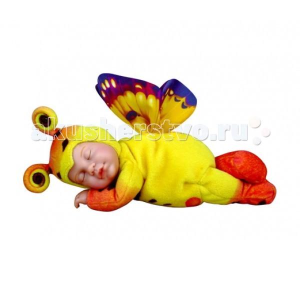 Мягкая игрушка Unimax Детки-бабочки желтые Престиж 30 смДетки-бабочки желтые Престиж 30 смUnimax Детки-бабочки желтые Престиж 30 см - мягконабивная авторская кукла создана компанией Unimax по мотивам произведений всемирно известной фотохудожницы Анны Геддес, которая покорила мир своими фотографиями!   Плюшевая игрушка с лицом младенца Anne Geddes. Мягкая завораживающая улыбка притягивает взгляд. В доверчивых детских глазках светится доверчивость и нежность. Куклы одеты в мягкие пушистые костюмчики с такой игрушкой ребёнку будет хорошо помечтать, сидя где-нибудь в укромном уголке. Эта кукла станет надёжным хранителем всех детских тайн и секретов.   Кукла выполнена из высококачественного винила, текстиля и упакована в яркую фирменную коробку.<br>