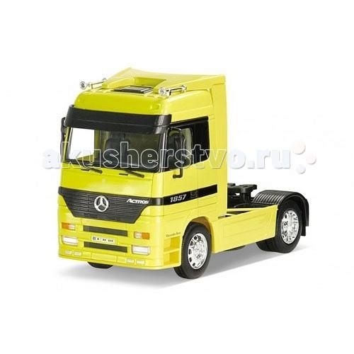 Машины Welly Модель грузовика 1:32 Mercedes-Benz Actros welly 84002 велли радиоуправляемая модель машины 1 24 mercedes benz sls amg