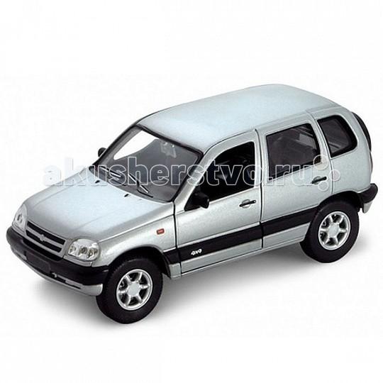 Машины Welly Модель машины 1:34-39 Chevrolet Niva игрушка welly модель машины 134 39 chevrolet tahoe big wheel 47002