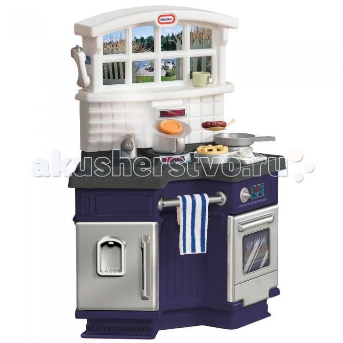 Little Tikes Кухня 171499Кухня 171499Уникальный «угловой дизайн» создаёт неповторимый уют. Кухня компактна и, в то же время, два ребёнка могут играть на ней, смотря при этом друг на друга. Вешалка для полотенца.  Электроплита со звуками, имитирующими звуки приготовления пищи.  Большая современная раковина, кран, духовка, холодильник, «гранитная» столешница, окно с постером, на котором изображен вид на улицу. 18 аксессуаров.  Требуется 2 AA батарейки не включено.<br>