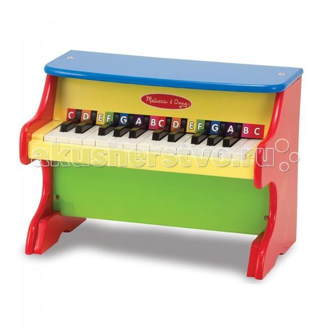 Музыкальная игрушка Melissa &amp; Doug Пианино учимся играть новоеПианино учимся играть новоеДеревянная игрушка Melissa & Doug Пианино учимся играть новое - красочное пианино выглядит почти как настоящий музыкальный инструмент и, несомненно, станет одной из излюбленных игрушек малышей.   Изготовленное из дерева ценных пород пианино с 25 клавишами с разноцветными пометками и две полных октавы предлагает богатую звуковую гамму и огромный простор для импровизации.   А для того, чтобы Ваш малыш попросту не расстраивал инструмент, для упрощения обучения в комплект были включены разноцветными пометками и две полных октавы.  Предварительная сборка игрушки не требуется.<br>