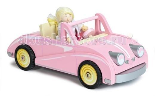 Деревянная игрушка LeToyVan Автомобиль-купе Хлои с куклойАвтомобиль-купе Хлои с куклойLeToyVan Автомобиль-купе Хлои с куклой.  Симпатичный деревянный розовый автомобиль для девочек от английской компании Le Toy Van.Маленькая куколка в красивом платье за рулем современного купе. Подарочная упаковка. Размер машинки специально продуман для кукол 1:12 или меньше. Длина машинки - 25 см, глубина - 11 см, высота - 10 см. Прекрасно сочетается с тематической игрой в кукольные домики.  Купе Хлоэ деревянная машинка сделан из натуральных материалов и окрашен безопасными для детей красками розовый цвет с желтой отделкой свободно ездит на колесиках упакован в подарочную коробку кукла в красивом платье в наборе с машинкой.<br>