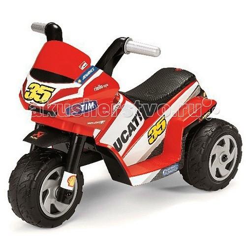 Электромобиль Peg-perego Mini Ducati MD0005Mini Ducati MD0005Мотоцикл Mini Ducati MD0005  Модель была специально разработана таким образом, чтобы ваш ребёнок смог почувствовать себя настоящим мотоциклистом с первых лет жизни, не подвергаясь никакому риску. Наклейки нанесены в соответствии с окраской настоящего гоночного мотоцикла Ducati Desmosedici. Вы можете индивидуализировать мотоцикл вашего ребёнка с помощью наклеек, повторяющих цвета настоящих гонщиков, что будет особенно интересно фанатам Ducati.  Автомобиль оборудован односкоростной коробкой передач и развивает скорость до 3 км/ч. Уменьшенный радиус поворота позволяет использовать электромотоцикл Peg-Perego Mini Ducati даже в условиях ограниченного пространства, например в квартире.  Аккумулятор и зарядное устройство входят в комплект.  Электромобиль предназначен для детей в возрасте от 1 года Лёгкое, интуитивно понятное управление одной педалью Двигателя мощностью 25 Ватт Максимальная скорость движения 2,7 км/ч Клаксон Время непрерывной работы аккумулятора при максимальной нагрузке: 95 минут  Габариты электромобиля: 44 х 69 х 47,5 см  Вес: 4,9 кг<br>