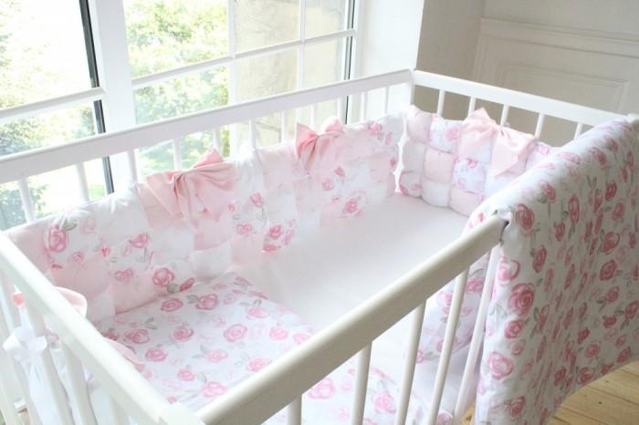 Комплект в кроватку Happy Family Розовый сад с бомбон бортиками (6 предметов)
