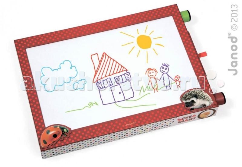 Janod Доска для рисования с фломастерамиДоска для рисования с фломастерамиJanod Доска для рисования с 6 фломастерами.  Французская компания Janod уже 40 лет специализируется на производстве деревянных игрушек. Бренд пользуется мировой известностью и на сегодняшний день представлен более чем в 30 странах мира. Игрушки Janod относятся к категории «green toys», то есть соответствуют самым строгим экологическим стандартам. Над внешним обликом изделий работает команда великолепных дизайнеров. Они принципиально не гонятся за модными тенденциями, их конек — нестареющая классика, которая будет актуальна во все времена.  Доска для рисования на бумаге с 6 фломастерами, производства французской компании Janod.Практичный и полезный выбор для любого ребенка. В картонном корпусе, размером 43х4,7х29,5 см, установлен рулон бумаги для рисования. На корпусе, с внешней стороны, есть две ручки для перемотки бумаги в рулоне. Ребенок рисует один рисунок на рабочем поле, а затем перематывает бумагу, для нового рисунка. В любое время можно обратиться к старым рисункам и что-то там исправить. Сбоку предусмотрен выдвижной ящичек для фломастеров. Его можно открыть, потянув за петельку из атласной ленты. В нем хранятся 6 разноцветных фломастеров: синий, зеленый, красный, оранжевый, желтый и сиреневый.  На задней стороне предусмотрена раскладная подставка. Если её развернуть, то доску можно поставить на горизонтальную поверхность (стол или полку), как фотографию или картину.сли перед вами стоит задача выбрать подарок, рекомендуем обратить свое внимание на представленную игрушку. Это многофункциональный, полезный и универсальный подарок как для мальчика, так и для девочки старше 3 лет. Он будет интересен на протяжении долгого времени. Игрушка легкая и компактная, удобная для игры с детьми в путешествии.  Доска для рисования на бумаге с 6 фломастерами: рамка с бумаго-протяжным устройством, размером 43х4,7х29,5 см  рулон бумаги выдвижной ящичек для фломастеров раскладная подставка 6 разноцветных ф