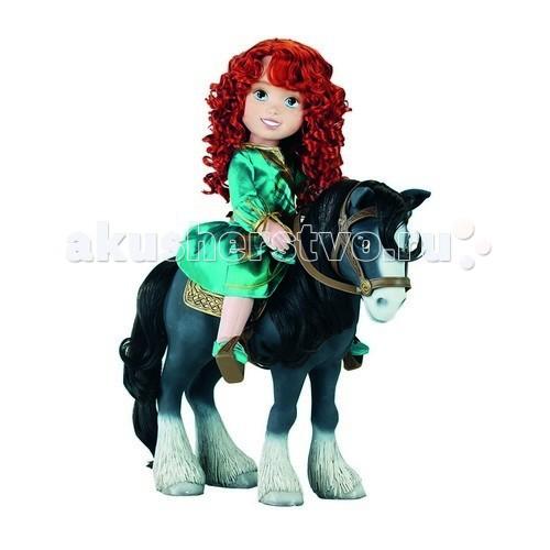 Disney Кукла Принцесса Малышка Мерида и коньКукла Принцесса Малышка Мерида и коньDisney Принцесса - Малышка Мерида и конь - от компании Jakks - это увлекательная игрушка для Вашего ребенка. Вместе с верным другом Ангусом принцесса Мерида сможет путешествовать в дальние страны.  Малышка Мерида одета в красивое платье бирюзового цвета.  Высота куклы: 37 см  Размер упаковки: 15 х 51 х 39 см<br>