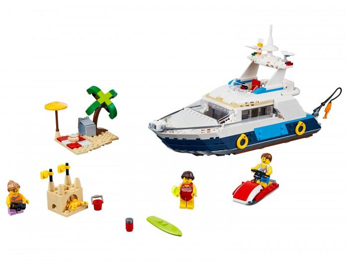 Конструктор Lego Creator 31083 Лего Криэйтор Морские приключенияLego<br>Конструктор Lego Creator 31083 Лего Криэйтор Морские приключения предназначен для детей от 9 лет.  Отправляйся в плавание на борту роскошной яхты с набором Морские приключения!  Особенности:   На этом корабле есть все удобства, включая комфортную каюту и туалет Отправляйся в солнечную бухту, садись на водный мотоцикл и поезжай к пляжу Собери песчаный замок, устрой пикник, покатайся на сёрфе или посмотри на милых морских созданий и возвращайся обратно, чтобы порыбачить Затем перестрой набор для новых приключений в уютном пляжном домике с доком и лодкой или собери улётный вертолёт с посадочной площадкой и диспетчерской вышкой. В комплекте: 597 деталей.