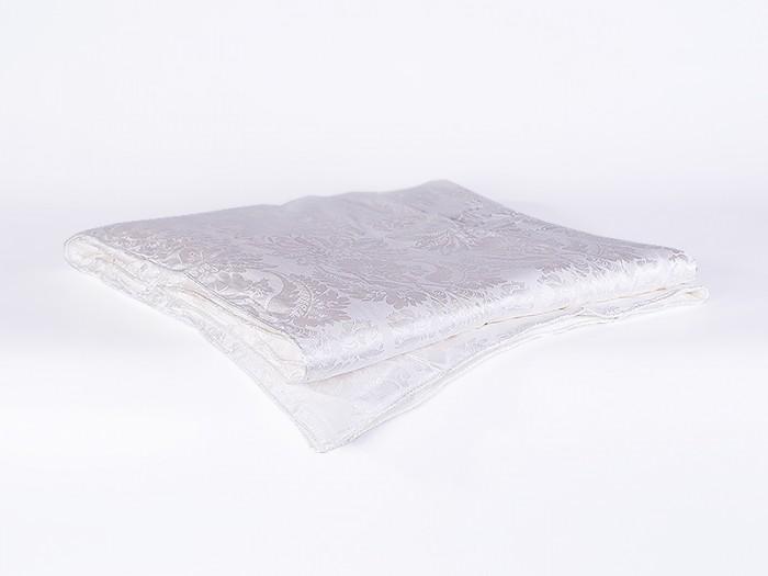 Одеяло Natures Волшебная бабочка 100х150Одеяла<br>Natures Одеяло Волшебная бабочка 100х150 подарит Вашим детишкам необычайно мягкий, спокойный и здоровый сон. При изготовлении используется натуральный шелк класса «Mulberry»- это высочайшее качество шелка, который не подвергается никаким дополнительным химическим воздействиям, поэтому изделия с таким наполнителем подойдут даже для самой чувствительной кожи. Шелк - абсолютно гипоаллергенен, в нем не заводятся пылевые клещи, плесень или грибок. Также шелк является естественным терморегулятором: быстро нагреваясь до температуры тела ребенка, он поддерживает ее постоянной, не давая малышу перегреться или остыть. Натуральный шелк впитывает до 30% выделяемой влаги, оставляя кожу малыша сухой.