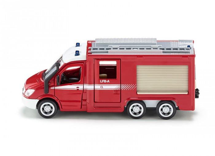 Siku Пожарный фургон 2113Машины<br>Siku Пожарный фургон 2113 Пожарная машина Мерседес Бенц Спринтер (Mercedes-Benz Sprinter) от немецкого бренда Сику - превосходный экземпляр специальной техники, с которым понравится играть каждому мальчику.  Спринтер 6х6 представлен в виде современного автомобиля с вращающимися колесами, эмблемой Mercedes-Benz на капоте и дополнительными игровыми аксессуарами.  В кабине и кузове машины двери открываются, есть лестница, которая крепится на крыше, отсеки с инвентарем можно открывать и закрывать. Игрушка полностью повторяет оригинальную модель.  Немецкая компания Сику производит игрушки, соответствующие самым высоким требованиям к качеству и безопасности.  Тщательно проработанные детали модели делают ее максимально реалистичной и интересной для игры.  Масштаб модели: 1:50.