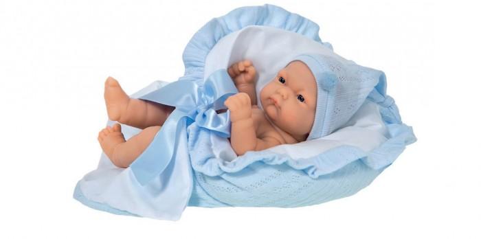 Munecas Antonio Juan  Кукла Леон 26 смКукла Леон 26 смКукла-младенец Леон выглядит совсем как ребенок. Куклы одеты в чудесные наряды, созданные испанским дизайнером.   Личико сделано с детальными прорисовками.  Образы малышей Мунекас разработаны известными европейскими дизайнерами. Они натуралистичны, анатомически точны, с подвижными ручками и ножками, копируют настоящих младенцев.  Полностью изготовлены из высококачественного винила.   Кукла упакована в красивую подарочную коробку.  Куклы Antonio Juan Munecas существуют уже более 40 лет и пользуется заслуженной популярностью в Европе. Куклы производятся исключительно в Испании, из высококачественных материалов, безвредных для ребенка. Образы кукол разрабатываются ведущими Европейскими дизайнерами, они высокохудожественны, натуралистичны (девочки/мальчики), одеты в красивую современную одежду, сшитую из натуральных тканей. Упакованы в стильные фирменные коробки.  В наш век технического прогресса классические куклы Антонио Хуан, с милыми добрыми детскими чертами не перестают пользоваться популярностью, а способность разговаривать, смеяться и плакать делает их вполне современными и интересными даже для самых «продвинутых» деток.<br>