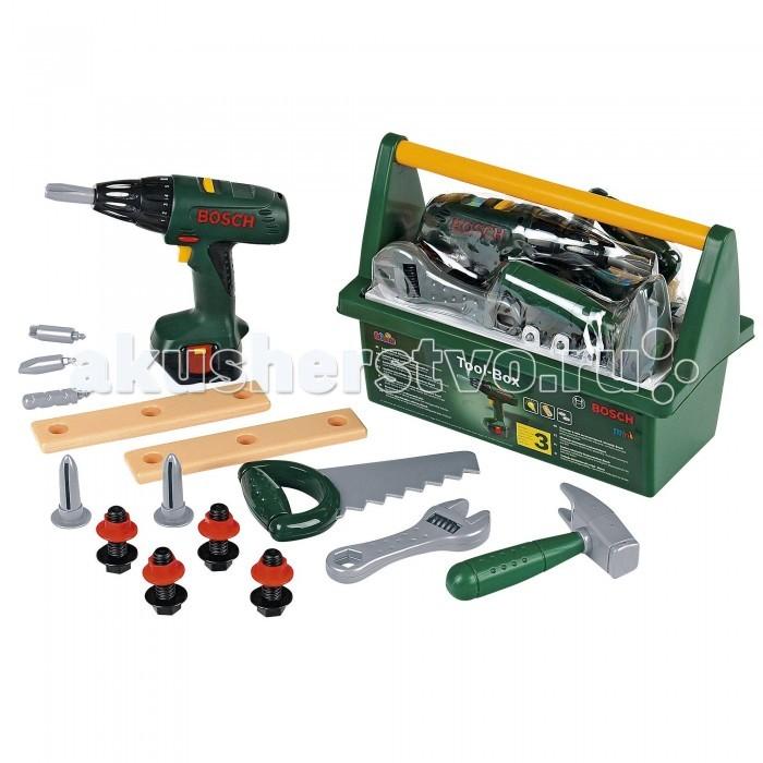 Klein Набор инструментов с дрелью в ящике BoschНабор инструментов с дрелью в ящике BoschВсе как у папы! Bosch Набор инструментов с дрелью в ящике.   В наборе: дрель, дополнительные сверла для дрели, пила, молоток, гаечный ключ, болты, гвозди, 2 бруска с отверстиями.  Для работы игрушки необходимы 3 батарейки типа R6, 1.5V AA. Батарейки не входят в комплект.   История немецкой компании Theo Klein, известной во всем мире благодаря высокому качеству игрушек и их образовательной ценности, не похожа на историю других игрушечных компаний. Ведь Тео Кляйн и его жена Мария основали компанию в 1949 году как семейную фабрику по производству щеток и метел.  Началом истории успеха компании Klein стал выпуск в 1956 году метлы с яркими пластиковими щетинками, предназначенной для детей. А в 1959 году компания Klein уже впервые принимала участие в Нюрнбергской ярмарке игрушек, выставляя лишь три продукта: детскую метлу, щетку и металлическую лопатку. Они имели невероятный успех и позиционировались как игрушки, способствующие освоению детьми социальных правил и ролей в данном случае – помощников своих родителей. Вскоре компания окончательно изменила свой курс и начала заниматься производством игрушек.  Быстрая экспансия компании Theo Klein GmbH сопровождалась разработкой большого количества новых продуктов и непрерывным расширением существующего ассортимента. На сегодняшний день компания Klein, которую возглавляют сыновья Тео и Марии – Клаус-Дитер и Мартин, является крупнейшим в Европе производителем игрушек, имеющих обучающую ценность, и лидером во многих сегментах отрасли. Среди партнеров компании Theo Klein множество брендов с мировым именем: BOSCH, MIELE, BRAUN, VILEDA, WMF. Производственные мощности Theo Klein расположены в Германии, Чехии и Китае. Во всем мире бренд Klein известен высоким качеством игрушек и их образовательной ценностью.<br>