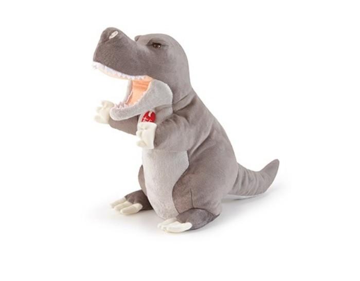 Trudi Мягкая игрушка на руку Динозавр Ти-рекс 35 смРолевые игры<br>Trudi Мягкая игрушка на руку Динозавр Ти-рекс 35 см это милая и очень приятная на ощупь трехмерная универсальная плюшевая игрушка. С ним можно играть как с обычным плюшевым питомцем, а если одеть его на руку – динозаврик превратится в талантливого актера кукольного театра.  Придумывайте захватывающие истории и воплощайте их на кукольной сцене! Пошитый вручную из бархатистого плюша, с тщательно проработанными чертами и мелкими деталями, Ти-рекс выглядит совсем как настоящий динозаврик.  Куклы-марионетки Trudi стали еще больше, чтобы сказочные истории и спектакли с их участием выглядели еще более потрясающими.  Его можно стирать в машине при температуре 30 градусов или руками с использованием губки и нейтрального мыла.