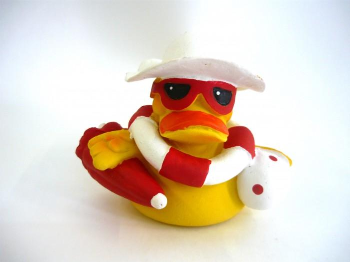 Игрушки для ванны Lanco Латексная игрушка Утка-пляжница 818 игрушки для ванны lanco латексная игрушка жираф мальчик 1207