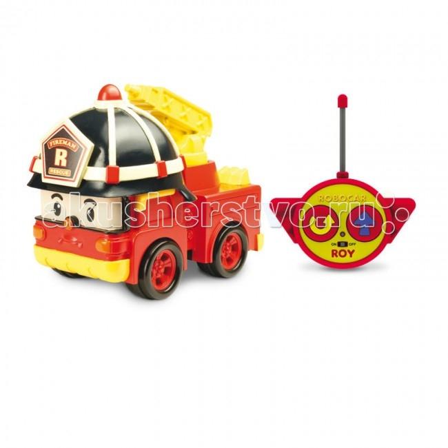 Робокар Поли (Robocar Poli) Пожарная машина Рой на радиоуправлении 15 смРадиоуправляемые игрушки<br>Рой - радиоуправляемая машинка-спасатель, пожарная машина-робот Рой из полюбившегося мультсериала «Робокар Полли и его друзья» .  Рой живет в удивительном городке Брумстаун, где все машинки умеют говорить!   Рой, в своём обычном состоянии настоящая пожарная машина, причём, в зависимости от сложности чрезвычайной ситуации, он может быть оснащён разнообразными полезными устройствами.   Особенности: машина-спасатель приводится в движение при помощи пульта дистанционного управления с удобными крупными кнопками (вперед и разворот). пожарный кран у машины подвижный. тип батареек: 3 х АА, 1 х 9V тип Крона (не входят в комплект). игрушка выполнена из высококачественного пластика.  Комплект:  игрушка,  пульт дистанционного управления.  Вес: 0,538 кг Длина упаковки: 14 см Ширина упаковки: 25 см Высота упаковки: 15 см