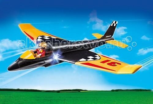 Playmobil Игры на открытом воздухе: Скоростной планерИгры на открытом воздухе: Скоростной планерИгры на открытом воздухе: Скоростной планер – красивый самолет с большим размахом крыльев.  В кабине сидит пилот-ас, который управляет самолетом во время полета, делает повороты и виражи.   У планера края крыльев загнуты вверх, чтобы он мог хорошо планировать на потоках воздуха.  Хвост самолета с двумя параллельными полосами и резцом воздуха сверху.  На крыльях самолета есть светодиоды, позволяющие увидеть планер в ночное время и вечером.   Чтобы светодиоды начали светить, необходимо вставить батарейку.  Используя игровые наборы Playmobil, можно подняться в воздух и наблюдать за плавным полетом планирующего на воздушных потоках самолета.  Если планер летает в дневное время, свет ему не нужен, поэтому следует нажать кнопку позади левого крыла и отключить.  В конструкторы входит планер с большими крыльями и фигурка пилота. Ребенок возьмет красивый самолет в руки, усадит в него пилота и пустит по воздуху.   Летящий планер от Playmobil красиво скользит по воздушным потокам и плавно приземляется на землю. Во время игры ребенок развивается физически, так как много бегает, а так же он научится быть внимательным и сосредоточенным.  Для работы световых эффектов нужна батарейка 1,5V, которая приобретается отдельно. Продукция сертифицирована, экологически безопасна для ребенка, использованные красители не токсичны и гипоаллергенны.<br>