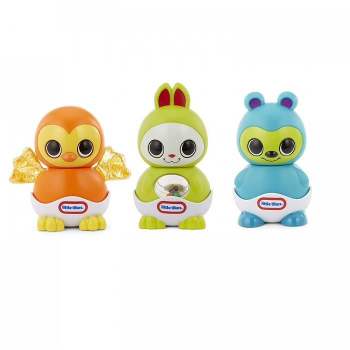 Little Tikes Игровой набор Веселые друзьяИгровые наборы<br>Little Tikes Игровой набор Веселые друзья  создан для малышей от шести месяцев.   В него входят 9 частей, которые отлично соединяются друг с другом. С помощью них ребенок может собрать забавных зверюшек: зайчика салатового цвета, синего мишку и оранжевую сову.   Животные открывают глазки только после того, как кроха соберет их. В каждой из игрушек спрятан сюрприз для малыша в виде погремушки или пищалки.  С помощью этих милых игрушек малыш научится различать цвета, потренирует воображение и мелкую моторику рук. Яркие зверюшки станут верными друзьями для ребенка.