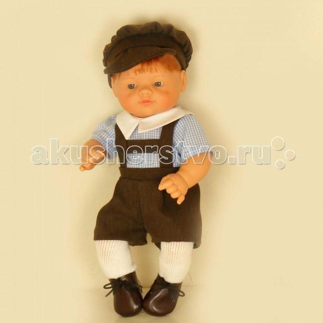 ASI Пупсик Джонни 36 смПупсик Джонни 36 смКукла ASI Джонни 36 см - станет украшением любой кукольной коллекции.  Очаровательное личико малыша Джонни буквально усыпано рыжими веснушками! У Джони стильная короткая стрижка. А на голове красуется оригинальное кепи. Одет Джонни в изысканный костюмчик: шорты, рубашку и кожаные боты.  Особенности: Пупсик ASI сделан очень качественно.  Без запаха.  Производство Испания. Используется безопасный твердый винил.  Видна прорисовка мельчайших подробностей тела, рук и ног.<br>