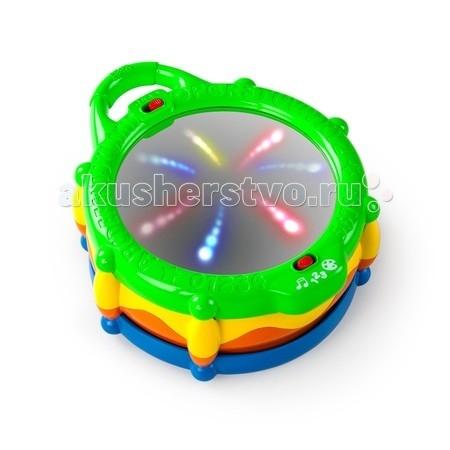 Развивающая игрушка Bright Starts БарабанБарабанИгрушка Bright Starts Барабан подойдет малышам с 6 месяцев.  В первом режиме малыш сможет изучать цифры. При каждом ударе в музыкальный инструмент звучит название следующего числа.   Во втором режиме предполагается изучение цветов. При его включении в барабане активируется световой модуль.   При каждом взаимодействии с игрушкой цвета меняются, и ребенок лучше усваивает их названия. Если же малыш устал от обучения, можно включить игровой режим, в котором ребенок сможет наслаждаться весёлыми мелодиями и миганием огней.  Благодаря удобной ручке малыш сможет всюду брать игрушку с собой.  Развитие навыков: игрушка способствует развитию реакции, изучению названий цветов и цифр.<br>