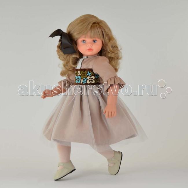 ASI Кукла Пепа 60 см 282040Кукла Пепа 60 см 282040Кукла ASI Пепа 60 см 282040 западет в душу любому ребенку и безусловно станет любимой игрушкой.  Ей так идет этот великолепный шоколадный бант в белокурых волосах.  Платье выполнено из дорогой ткани, украшено сверху тончайшей сеткой. Пояс изысканно расшит разноцветными узорами.  Куколка, ростом, 60 см выполнена из винила. Тело- мягконабивное. За счет этого кукла принимает естественные позы и практически невесома. Ручки и ножки фиксируются в различных положениях.  Эта куколка, поистине, жемчужина новой коллекции. Выполнена, как и все куклы испанского Кукольного Дома ASI ограниченным тиражом.  Особенности: Пупсик ASI сделан очень качественно.  Без запаха.  Производство Испания. Используется безопасный твердый винил.  Видна прорисовка мельчайших подробностей тела, рук и ног.<br>
