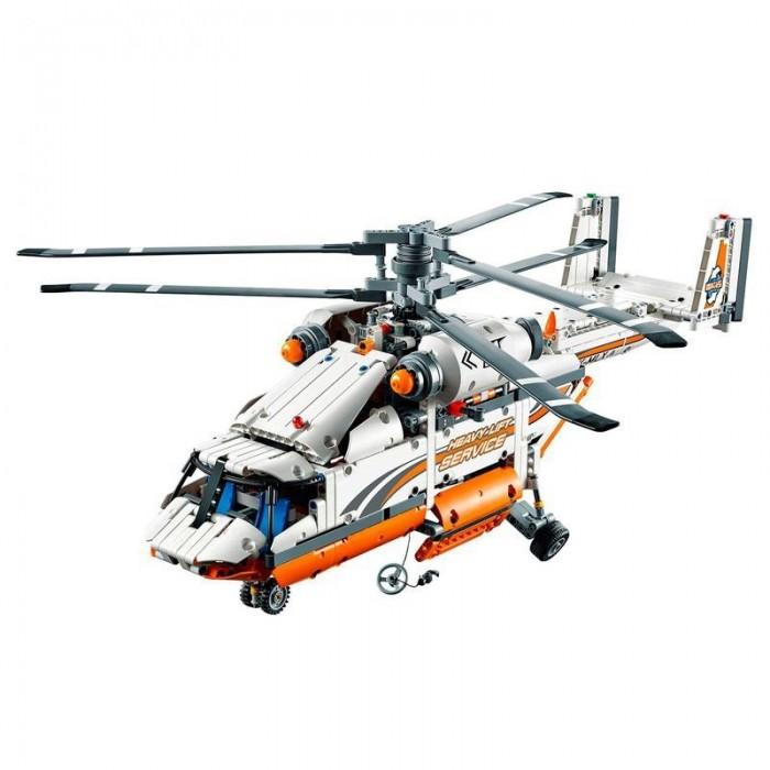 Конструктор Lepin Грузовой вертолет (1060 деталей)Конструкторы<br>Lepin Констуктор Грузовой вертолет (1060 деталей)  Инженерам электростанции срочно нужна твоя помощь. Начался шторм, и самолет с оборудованием разбился в лесу. Все ближайшие аэропорты закрыты, а жители города остались без электричества. Спасти ситуацию может только грузовой вертолет Lepin Technician 20002.  Скорее собери его и испытай мощь мотора Power Functions. Запусти винты, спусти грузовую рампу и открой отсек. Рабочие готовы доставить груз на борт — выдвигай лебедку. Вертолет заберет доверху наполненные коробки с проводами и схемами, а также загадочно сложную аппаратуру. Никакой вес не помеха с такой грузоподъемностью.  Ветер снова усиливается, небо затягивают серые тучи. Нужно лететь: уже несколько часов больницы и школы работают на резервном питании, и ресурсы не бесконечны. Ты обязательно успеешь помочь. Скоростной вертолет — единственная надежда для докторов, пожарных, спасателей и обычных горожан.   Все равно, что взлетные полосы размыты. Грузовой вертолет Lepin Technician приземлится на любую площадку. Инженеры уже машут тебе сигнальными огнями — приземляйся!   Количество деталей: 1060 шт. Возрастная группа: 11+ Конструкторы Lepin представляют собой 100% копии конструкторов LEGO самого лучшего качества, все детали подходят на 100%, безопасный, качественный пластик, большая красивая подарочная коробка, удобная инструкция по сборке.