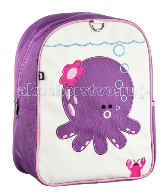 Beatrix Рюкзак Penelope-OctopusРюкзак Penelope-OctopusРюкзак Penelope-Octopus SK-7380D-22  Отличный рюкзак с вышитой аппликацией. Идеально подходят для хранения важных и необходимых вещей, которые так необходимы маленькому герою на детской площадке, во время прогулки или на пикнике.   Сделан из прочного, износоустойчивого нейлона и удобной для стирки, многослойной парусины.   Просторный внутренний отсек имеет дополнительный карман на молнии, для удобства в использовании спинка рюкзака и лямки прошиты. На лицевой стороне рюкзака вышиты наши любимые персонажи.   Материал - 85% нейлон, 15% парусин  Размер - 23х30х14 см  Beatrix NY – это яркие аксессуары для модных современных детей. Недаром вещи бренда пользуются такой популярностью - даже звездные мамы предпочитают рюкзачки, чехлы для планшетов, ланч-боксы и другие интересные предметы от Beatrix NY! Основное кредо марки – простота, качество и веселые принты. Все вещи от Beatrix NY отличаются лаконичной формой, предельной эргономичностью и яркими сочными красками. А веселые герои бренда – божья коровка, сова, обезьянка и другие – стали настоящими любимцами детей по всему миру. Beatrix NY придает большое значение защите окружающей среды, а также здоровью и безопасности детей: можно не сомневаться, что при производстве изделий этого бренда используются только лучшие материалы.<br>