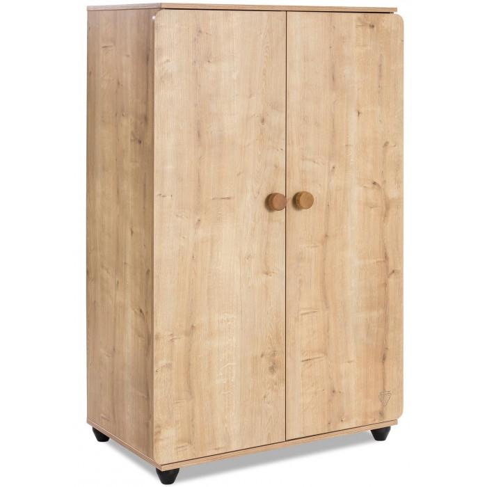 Шкаф Cilek двухстворчатый Mocha 20.30.1008.00Шкафы<br>Cilek Двухстворчатый шкаф Mocha 20.30.1008.00 в натуральном древесном оттенке изготовлен в дизайне имитацией под сосновую древесину и имеет красивый выраженный принт натурального материала.  В нижней части установлены специальные ножки широкой формы для улучшенной опоры.  Опорная часть в темном цвете визуально делает шкаф более выделяющимися и красиво сочетается о светлым оттенком древесины.  Варианты использования шкафа в интерьере достаточно разнообразны: Подходит для стиля лофт и отлично замещает полки для книг и гардероб Базовый элемент для хранения одежды Верхняя часть свободна и используется как подставка под вазы, коробки Используется совместно с мебелью из массива и имеете одинаковую внешнюю цветовую схему Конструкция шкафа включает два базовых отдела для верхней одежды, костюмов, платьев и с полками для размещения предметов в сложенном виде Зона под штангой и основание также разделены полкой, что очень удобно и позволяет использовать больше полезной площади для хранения Особенности: Производитель: Cilek Страна производства: Модель: Mocha Тип: двухстворчатый Материал корпуса: ЛДСП Материал фасада: МДФ Кромка: ABS пластик Способ нанесения рисунка: фотопечать Пол: универсальный Цвет: орех Комплектация: Ящики: нет Полки: есть Зеркало: нет Штанга для одежды: есть Размеры: Длина, см: 90 Ширина, см: 55 Высота, см: 140 Вес, кг: 66.800