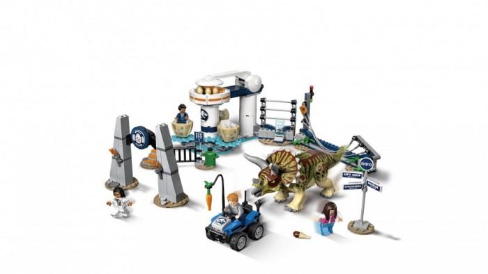Lego Jurassic World Нападение трицератопса