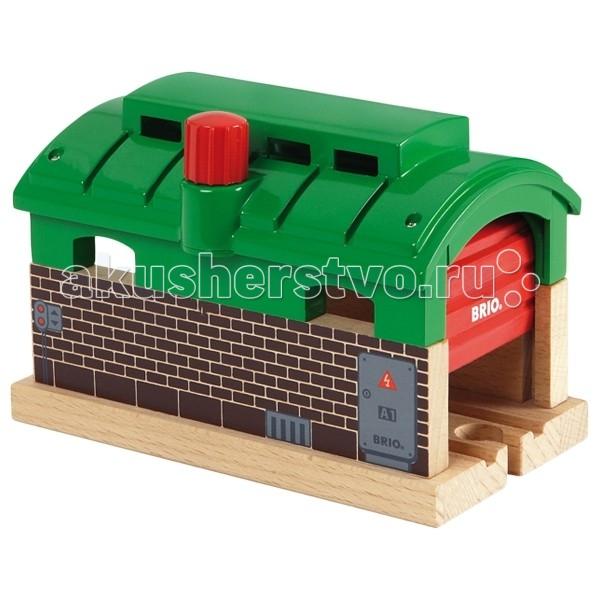Железные дороги Brio депо с механизмом подъема/опускания двери, Железные дороги - артикул:72261