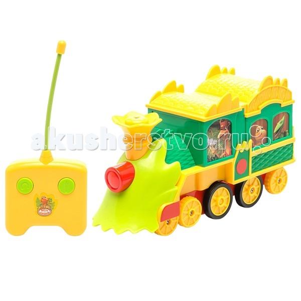 Tomy Поезд Динозавров Большой поезд с пультом на р/уПоезд Динозавров Большой поезд с пультом на р/уКрасочный паровозик станет прекрасной игрушкой для вашего малыша. Пульт разработан специально для маленьких ручек малыша - на нем всего две кнопки - движение вперед и поворот. Ваш малыш часами будет играть с такой игрушкой, придумывая различные истории и устраивая соревнования. Порадуйте его таким замечательным подарком!  Особенности: Пульт действует на расстоянии до 6 метров.  Паровозик движется по прямой, поворачивается влево и вправо и разворачивается на 360°. Для работы пульта управления необходимо докупить 3 батарейки типа АА (в комплект не входят).  Состав: поезд  пульт управления  Размеры поезда - 26 х 8.5 х 15 см Размер упаковки - 30.5 x 16.5 x 22.5 см Вес в упаковке - 985 г<br>